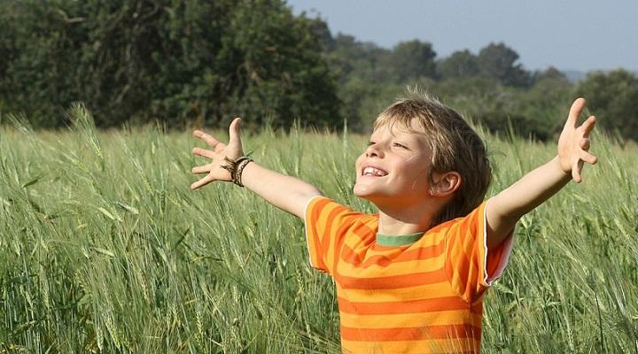 conductas-adecuadas-para-reforzar-la-autoestima-infantil